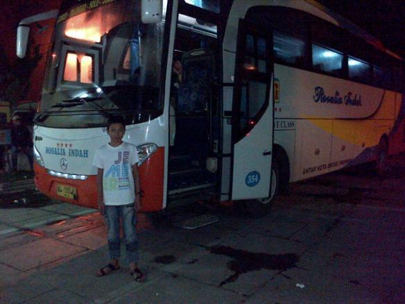 Perjalanan Solo - Jember by Rosalia Indah RI354