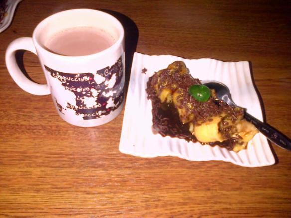 Pisang Bakar Coklat + Coklat Panas ala Coffe Shaf Syafia Resto n' Cafe